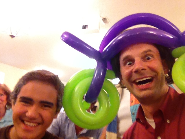 balloon hat
